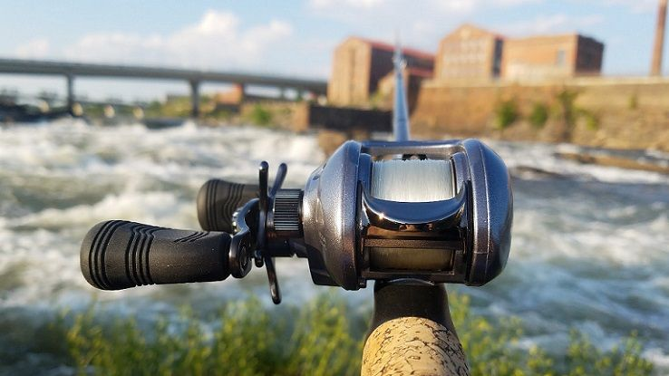 how to choose baitcasting reel